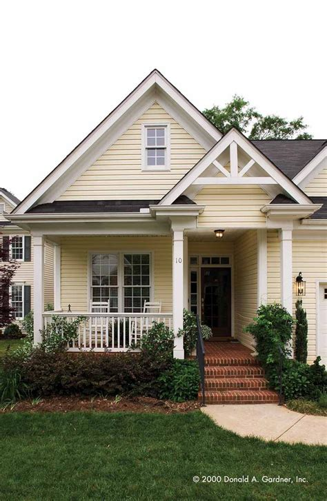 25 best ideas about yellow house exterior on yellow houses blue yellow bathrooms