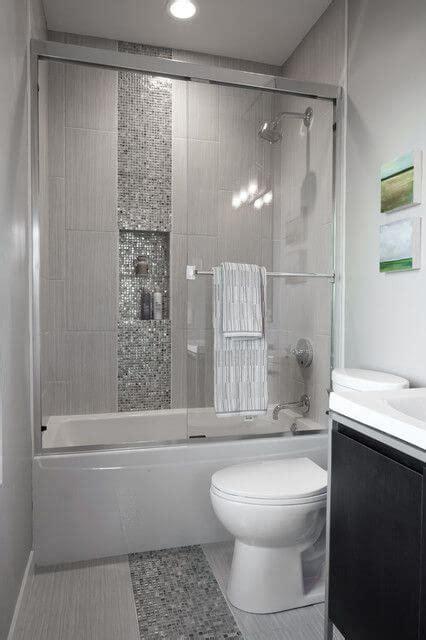 bathroom revamp  ways  visually create  space