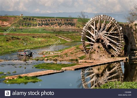 who invented the ottoman hama water mill noria 20 meter high syria orontes river