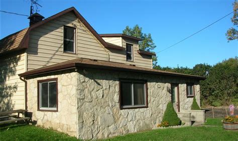pelee island cottage harmony house cottage rental discover pelee