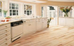 Laminate Floor Coverings For Kitchens Floor Covering Kitchen Living Room Kitchen And Dining
