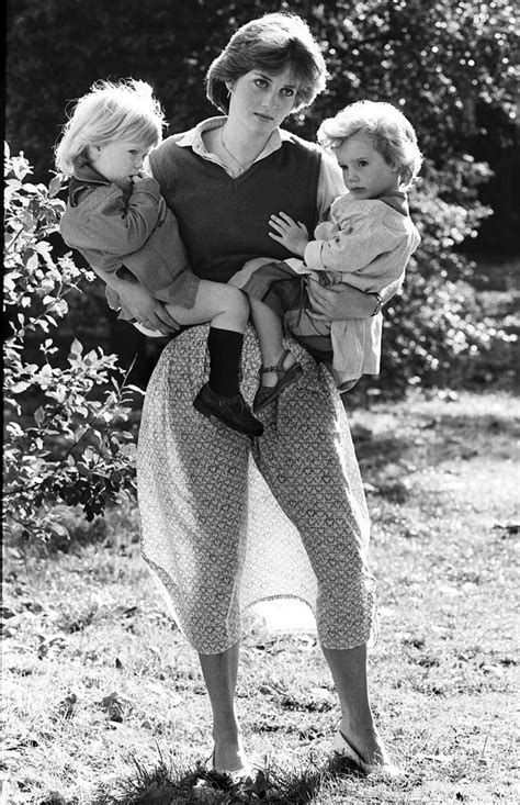 Our Arthur's Top 50 royal pictures | Sun, Lady diana and
