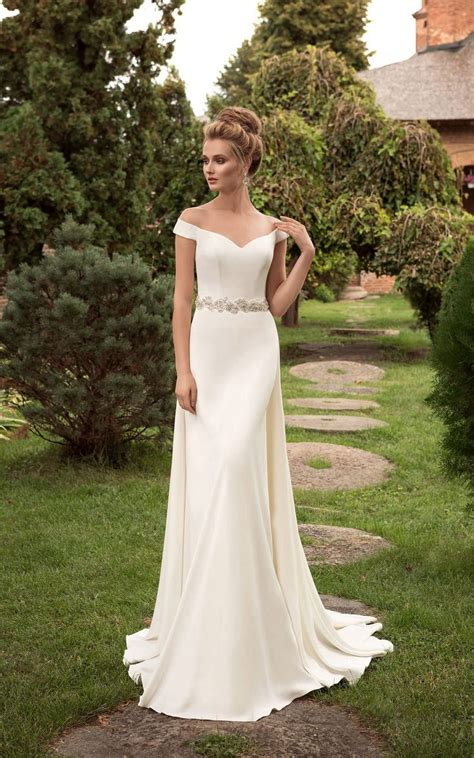 Wedding Dresses The Shoulder by The Shoulder Wedding Dress Csmevents