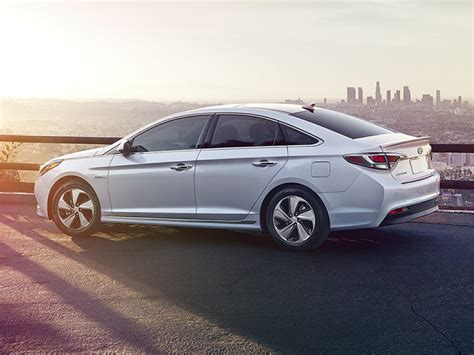 Hyundai Sonata Hybrid Gas Mileage by 2017 Hyundai Sonata Hybrid Reviews Specs And Prices