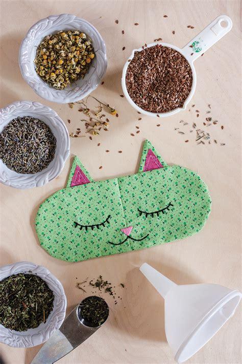 diy cat nap eye pillows free sewing pattern