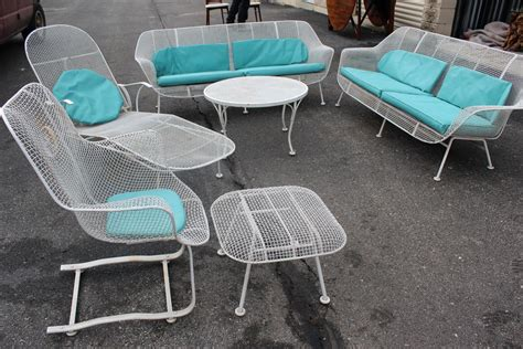 Woodard Patio Furniture Six Set Of Sculpture Patio Furniture By Woodard At