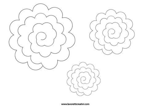 sagome fiori di carta oltre 25 fantastiche idee su disegni di fiori su