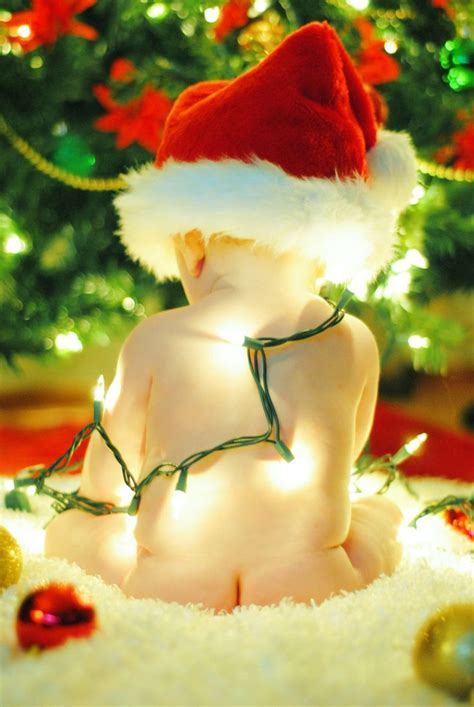 how to take baby frist christmas pictures top 16 baby toddler picture ideas photography design creative tip ideas