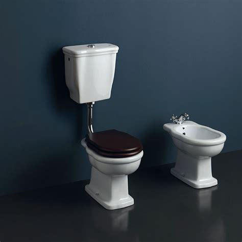 wc con cassetta a zaino wc e bidet boheme a terra con cassetta a zaino