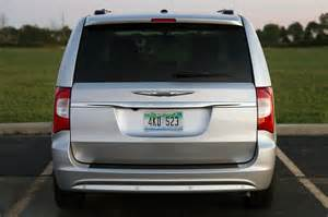 2011 Chrysler Town And Country Review 2011 Chrysler Town Country Touring Review Photo Gallery