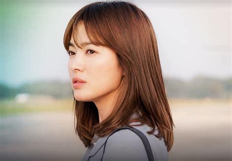 potongan rambut simple rata song hye kyo gelar fanmeeting rayakan 20 tahun karirnya di