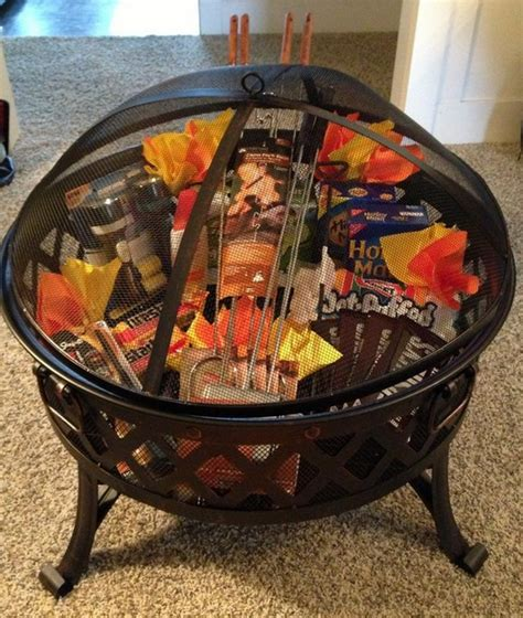 big family gift ideas 13 themed gift basket ideas for families
