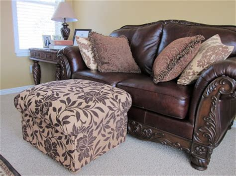 How To Make Your Own Ottoman Do It Yourself Divas Diy Ottoman Build Your Own From