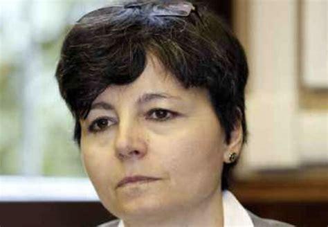 ministro carrozza calabria ministro carrozza contestata da studenti all
