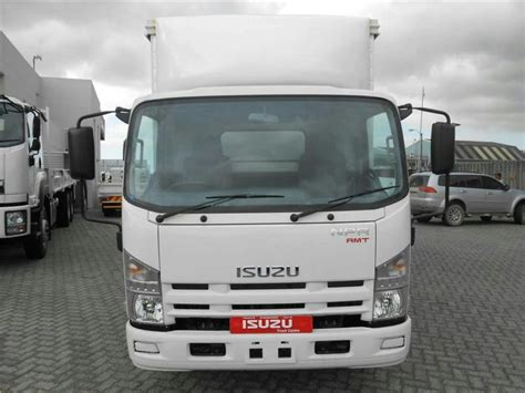 2017 isuzu n series npr 400 amt with 5m tautliner and