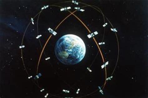 how does gps satellite navigation work? explain that stuff