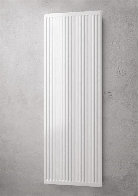 termosifoni runtal radiatore verticale a piastra platella vertical profilata
