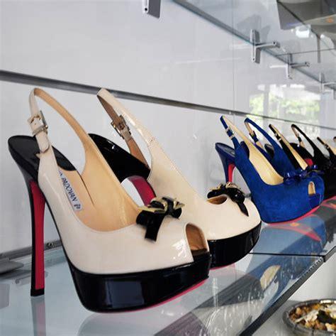 arredo negozio scarpe arredo negozi arredo negozio usato arredamento