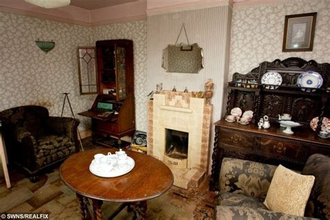 40s home decor love it or hate it the timewarp house unchanged since the