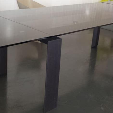 de salto tavoli tavolo desalto stilt rettangolari allungabili vetro design