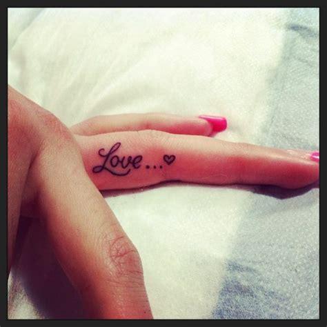 tattoo finger side 36 side finger tattoos