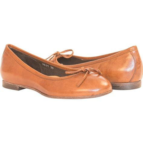 brown flat shoes dip dyed mahogany light brown ballerina flats