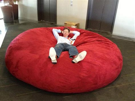 giant lovesac tom cheredar on twitter quot giant bean bag in the elevator