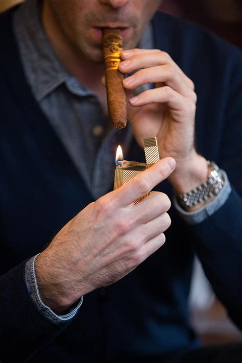 How To Properly Light A Cigar by How To Light A Cigar A Comprehensive Guide He Spoke Style