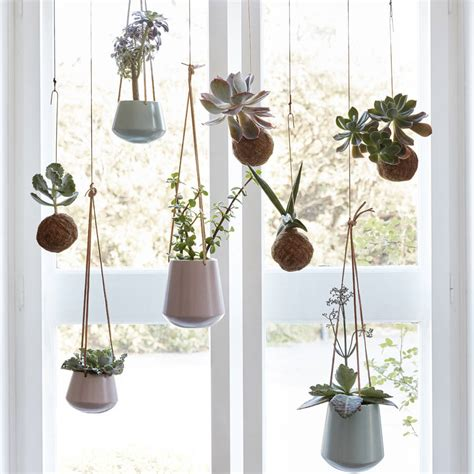 Metal Plant Stand by September Hangplanten I Love My Interior