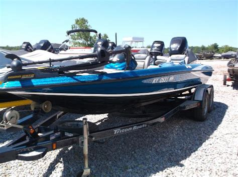 leitchfield ky boat dealers 2006 triton tr 196 19 foot 2006 triton boat in