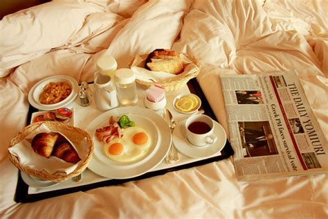 bed breakfast com bed breakfast food hungry life image 288503 on favim com