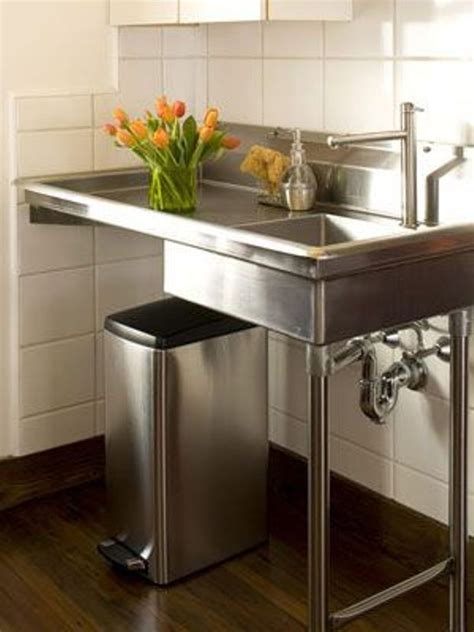 stand alone kitchen sinks 1000 ideas about free standing kitchen sink on