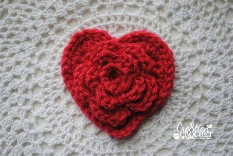 free crochet heart pattern video free valentine s day heart pattern layered daisy in a heart