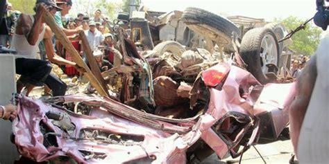 Kronologi Kejadian Kecelakaan by Ini Kronologi Terjadinya Kecelakaan Maut Beruntun Di