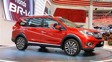 pakistan new cars 2017 upcoming car launches in pakistan in 2017