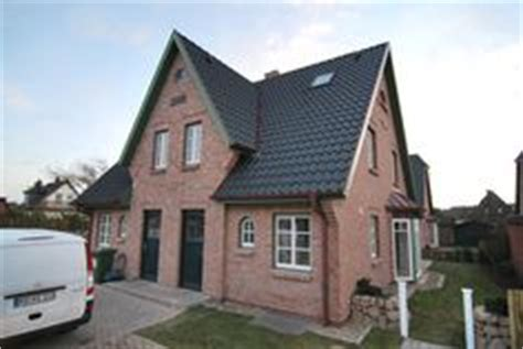 Bungalow Aus Holz Und Glas 1621 by Roter Klinker Rotes Dach Wei 223 E Fenster H 228 User