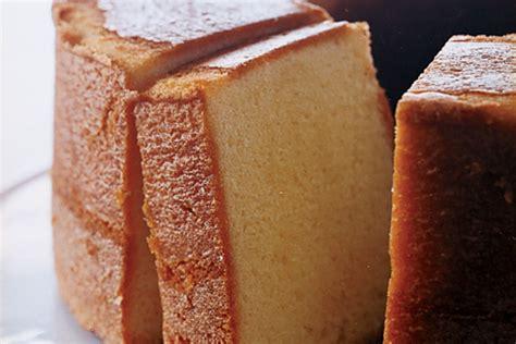elvis presley s favorite pound cake recipe epicurious com
