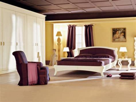 reader question cream purple gold bedroom
