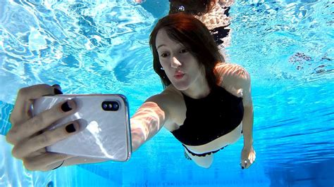how to take fascinating underwater iphone photos iphone x underwater face id test doovi