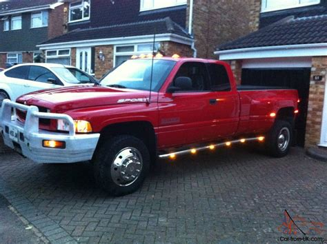 dodge ram3500 1 ton dually 4x4 automatic sport up truck