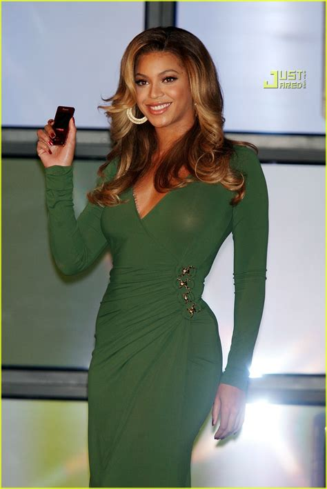 Beyonce The New Of Samsung by B Phone By Beyonce Photo 652111 Beyonce Knowles