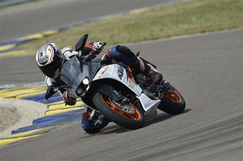 48 Ps Motorrad Mobile by Testbericht 2014 Ktm Rc 390 Superleicht Supersportler