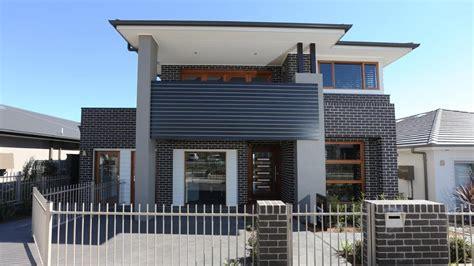 narrow blocks are the way forward so how do home builders