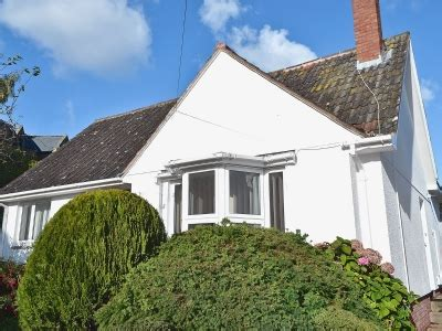 Cottages In Dunster by Dunster Nr Minehead Cottages Priory Bungalow