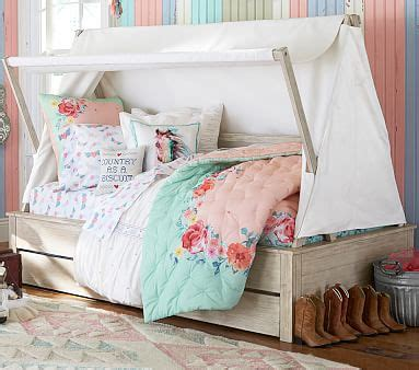 Pottery Barn Trundle Bed Assembly by Wyatt Canopy Bed And Trundle Pottery Barn
