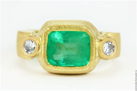 halle berry ring emerald diamonds 18k shop
