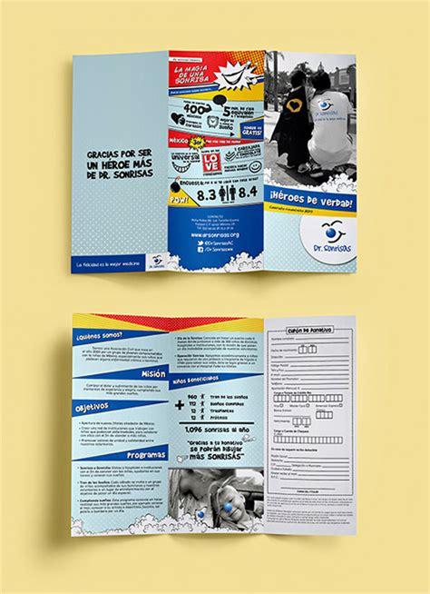 contoh desain brosur laptop contoh desain brosur lipat tiga desain dan percetakan