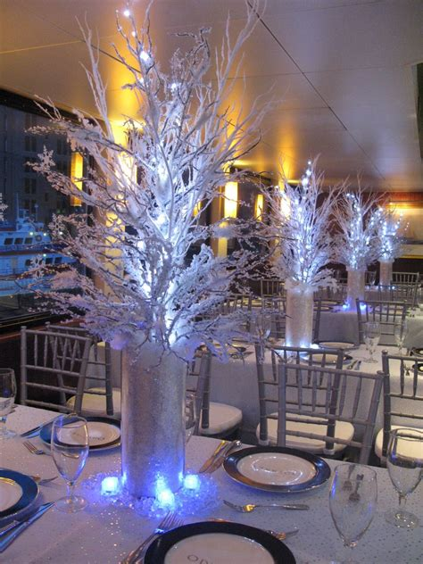 winter wedding table centerpieces 3 pin by carolina on 15a 241 era sweet 16 centerpieces and winter