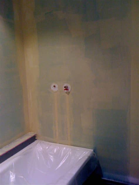 Superbe Peinture Plafond Salle De Bain #4: ob_27716a_peinture-salle-de-bain-avant-carrelage.jpg