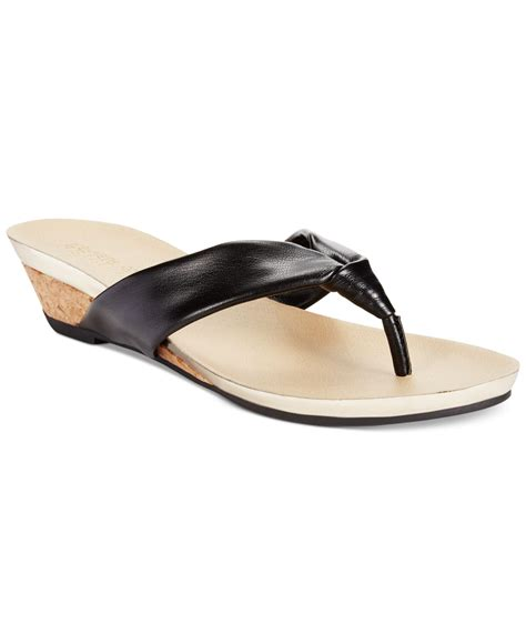sandals kenneth cole kenneth cole reaction s great date sandals in